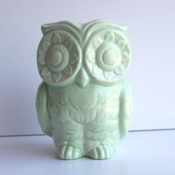 Tiki Owl Planter Ceramic Vase Vintage Design in Celadon Light Mint Green Retro Home