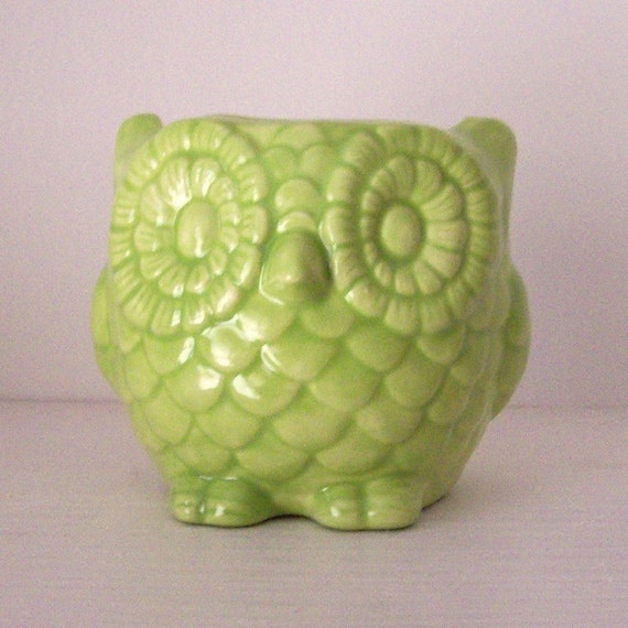 Ceramic Owl Desk Planter Vintage Design in Chartreuse