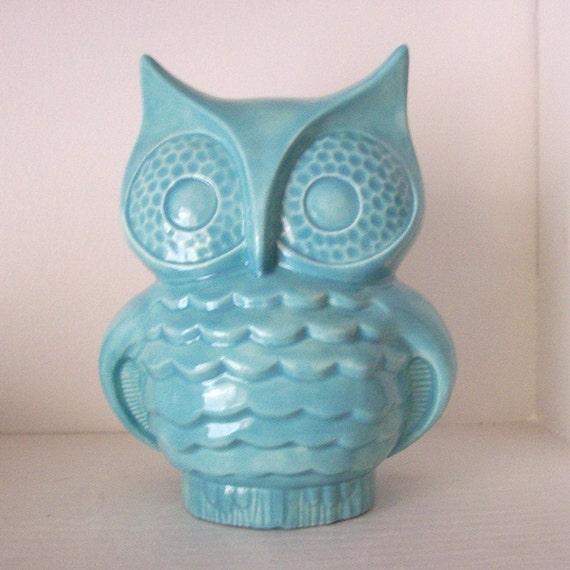 Ceramic Owl Bank Vintage Design in Aqua Blue