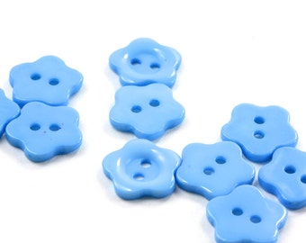 SALE SAVE 30% 20 Baby Blue Acrylic Flower Buttons 14mm 2 holes - 20 pcs