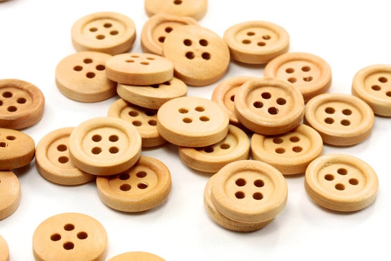Light Natural Round Wood Button 15mm 4 holes - 30 pcs