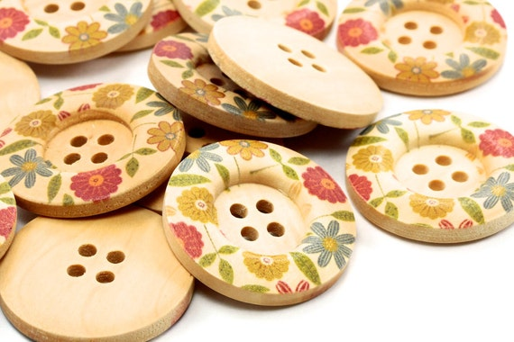 Zakka Round Wood Button with flower print 30mm 4 holes - 15 pcs