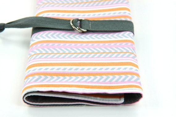 Sale Knitting Needle Case or Art Tool Organizer SHORT Zig Zag 24 gray pockets for circular, double pointed, interchangable or travel