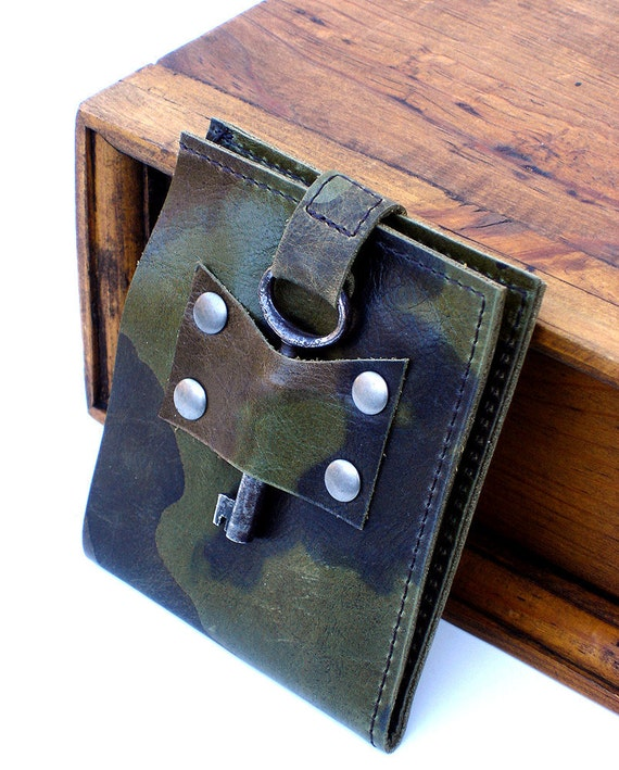 Men's Leather Wallet with Antique Skeleton Key - Camo Military Steampunk Bifold MADE TO ORDER