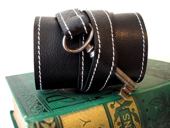 Black Leather Steampunk Cuff with Antique Skeleton Key - Tory Style Wrap Bracelet