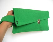 mia HANDBAG green