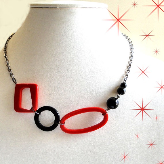 Tomato Red and Black Geometric Necklace - Vintage 50's Shapes with Black Glass Beads on Shiny Gun Metal Chain - Free Shipping