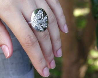SIZE 6 Modern Sterling Silver Perched Birdy Ring Large Round Top On Silver Band