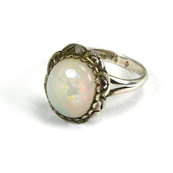 A HUGE Vintage 5 CARAT Natural White OPAL and Sterling Silver Ring - Circa 1940