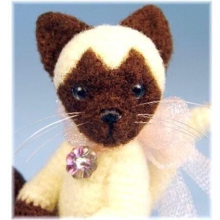 Miniature Thread Crochet Siamese Cat Pattern PDF Download