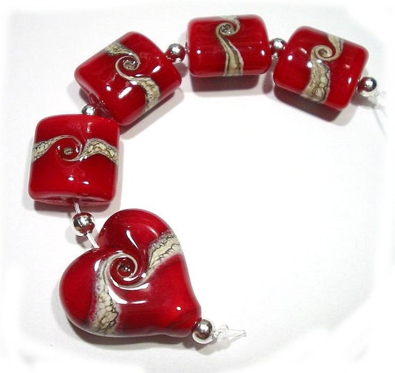 Lampwork Bead Set - Valentine Reds with Heart