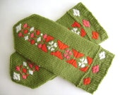 Ribbon mitten pattern