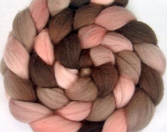 Handpainted Polwarth Wool Roving - 4 oz. ROSEWOOD - Spinning Fiber