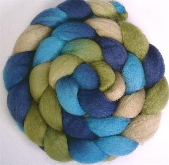 Handpainted BFL Wool Roving - 4 oz. BLUE EYES - Spinning Fiber