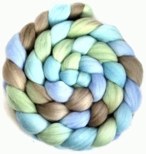 Handpainted Merino Wool Roving in GENTLE BREEZE 4 oz.