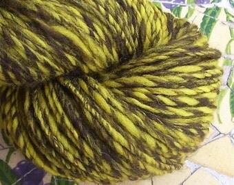 Handspun Honeycomb wool yarn 160 yards