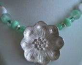 minty and flower necklace