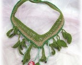 Raven's yardsale- crocheted leaves neckpiece