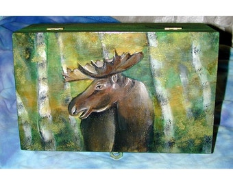 Hand painted wood Moose box great for your favorite man for Christmas