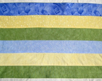 Spring Blue, Yellow, Green Set of 4 Placemats