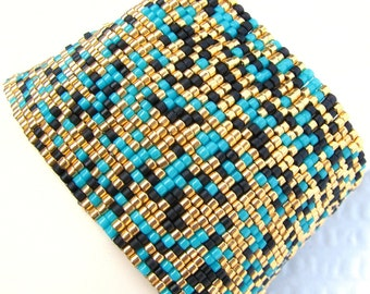 Gold, Turquoise, and Black Peyote Cuff / Peyote Bracelet  (2165) - A Sand Fibers Creation