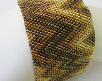 Golden Bronze Abstract Peyote Cuff / Peyote Bracelet (2507) - A Sand Fibers Made-to-Order Creation