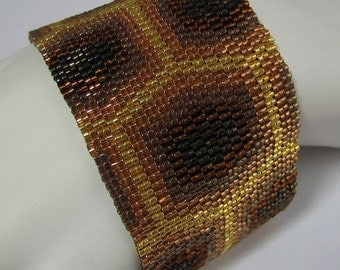 Golden Honeycomb Peyote Cuff Bracelet (2486) - A Sand Fibers Creation