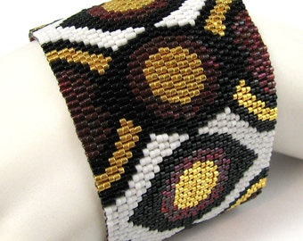 Eyes of the Circle Peyote Cuff Bracelet (2568) - A Sand Fibers Creation