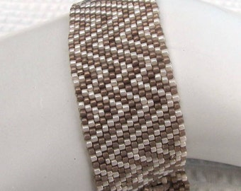 Abstract Taupe and White Peyote Cuff (2046)