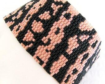 Gila Monster Peyote Cuff / Peyote Bracelet (2370) - A Sand Fibers Creation