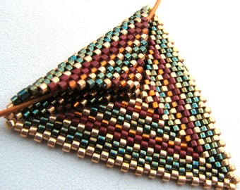 Autumnal Triangle Peyote Pendant on Copper Cable Choker (2426)