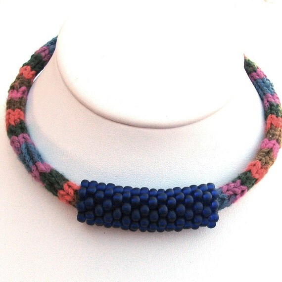 Knitted Silk and Cotton Choker with Beaded Bead (2326) - An Original OOAK Sand Fibers Creation