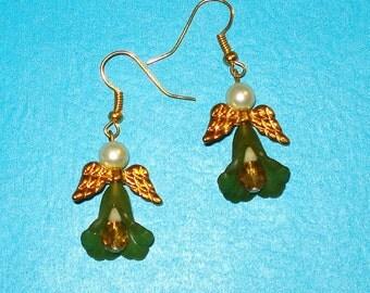 Vintage 1990s Pretty Green Beaded Angel Drop Earrings
