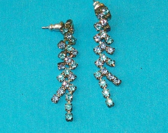 Vintage 1940s Blue Rhinestone Dangle Earrings