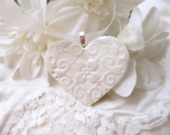 Wedding Bouquet Charm, Handmade White Heart, Keepsake Ornament, Bride Gift, Bridal Party, Wedding Decoration, handmade polymer clay
