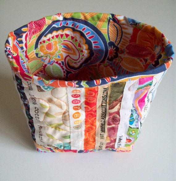Selvage Fabric Quilted Fabric Bucket with Bright multi-color trim