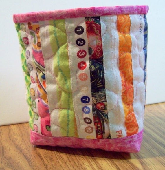 Selvage Fabric Quilted Fabric Mini Bucket with Pink trim