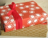 SALE - Dots Gift Wrap - White\/Orange