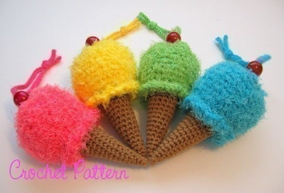 Ice Cream Cone Wristlet/Purse Crochet Pattern Instructions