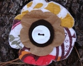 simple art- mixed materials flower pin