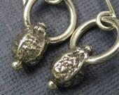 4 O'Clock earrings