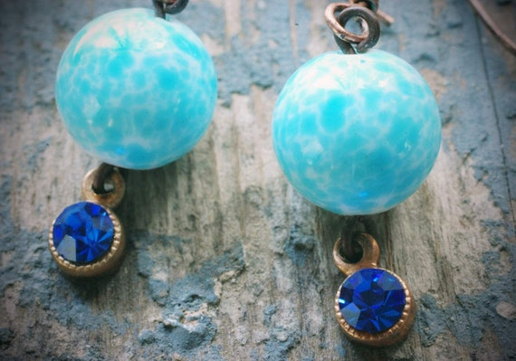 robin's egg bauble earrings. speckled vintage baby blue glass beads & royal blue rhinestones on copper by val b.