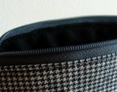 Closing Sale - Black and White Houndstooth Zipper Pouch.