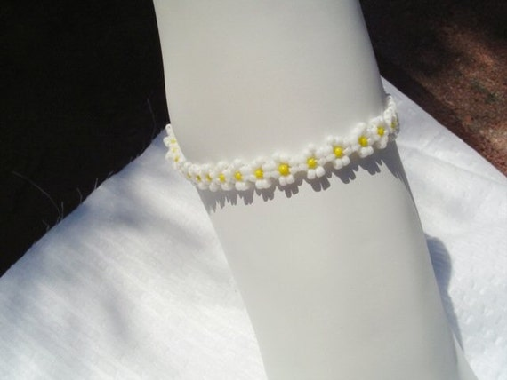 SALE-White and Yellow Daisy Chain Anklet by Diana