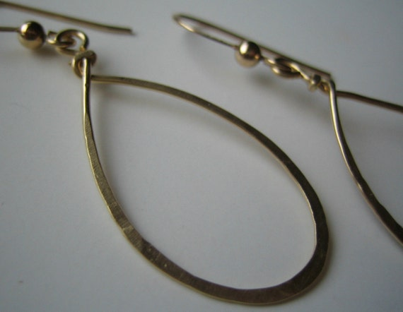 Ivy - gold filled teardrop hoops