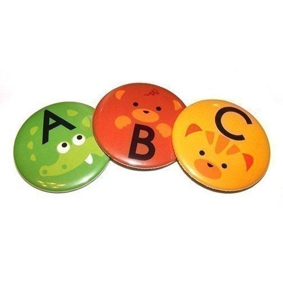 "Set of 26 ABC Animals - Deluxe Magnets 2,25"" diameter"