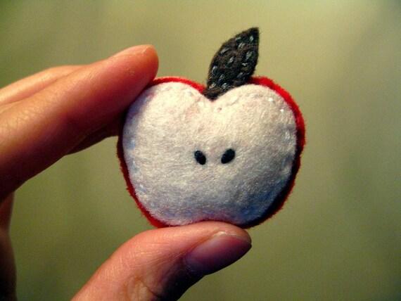 The little apple brooch