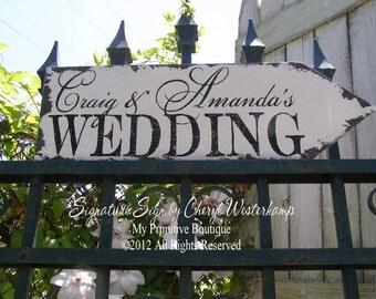 Wedding Arrow Sign. Custom Name Sign. Personalized Sign. Outdoor Wedding Signs. Wedding Signs. Wedding Ceremony Decor. Distressed Signs.