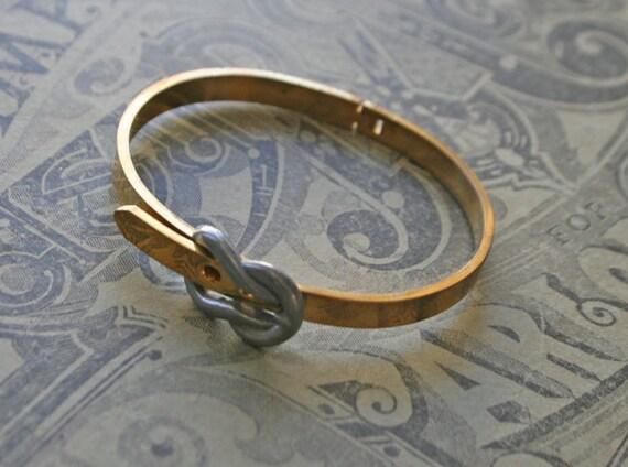 adjustable vintage buckle bracelet