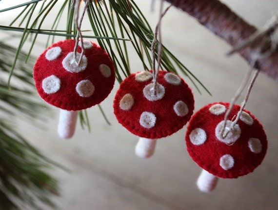 red spotted toadstool wool ornament trio
